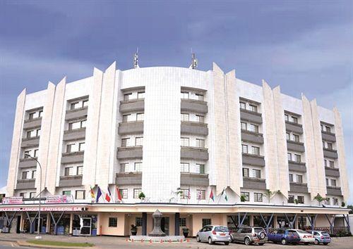 DK HOTEL VOUS SOUHAITE LA BIENVENUE  AU CAMEROUN!