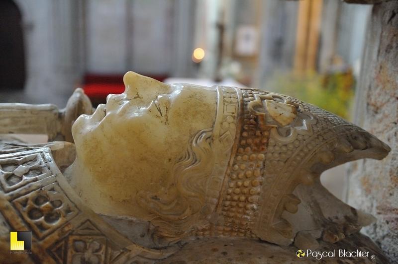Gisant de l'église saint Nazaire de Carcassonne détail photo pascal blachier au delà du cliché
