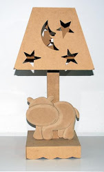 VELADOR HIPOPOTAMO CON FIGURA EN RELIEVE