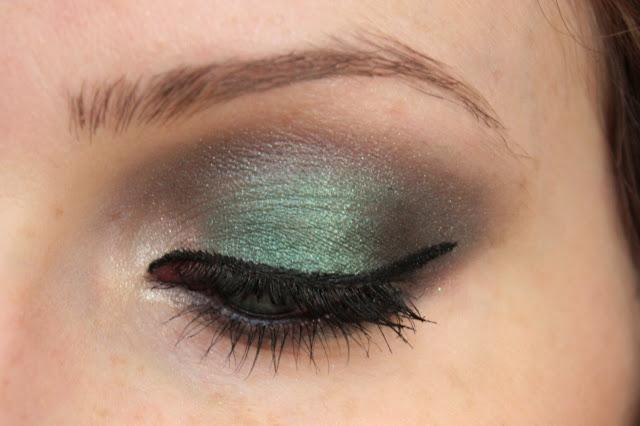makeup vert