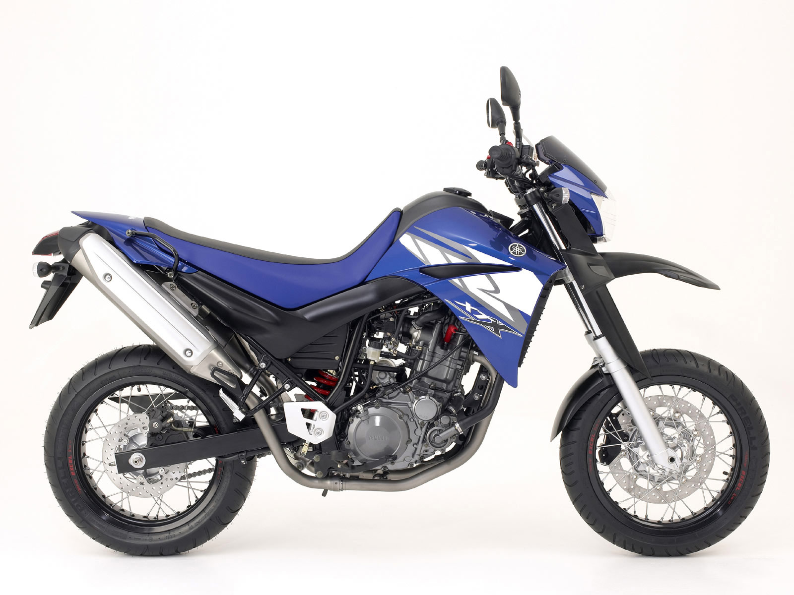 2004 YAMAHA XT660X Supermotard pictures, specifications
