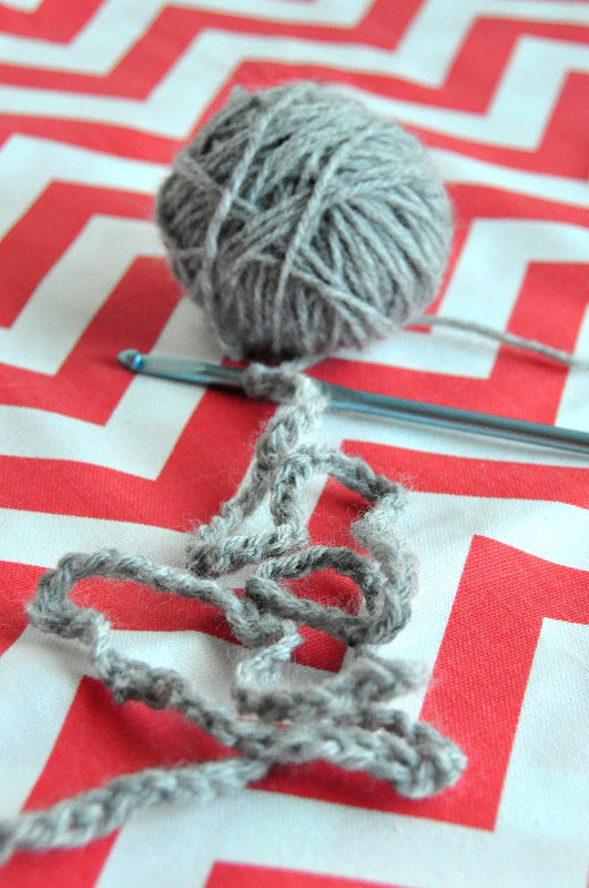 How+to+Crochet_Chain+Stitch_Tutorial_DSC_1653.jpg