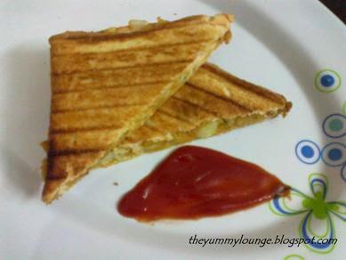 Potato Masala Grilled Sandwich Recipe