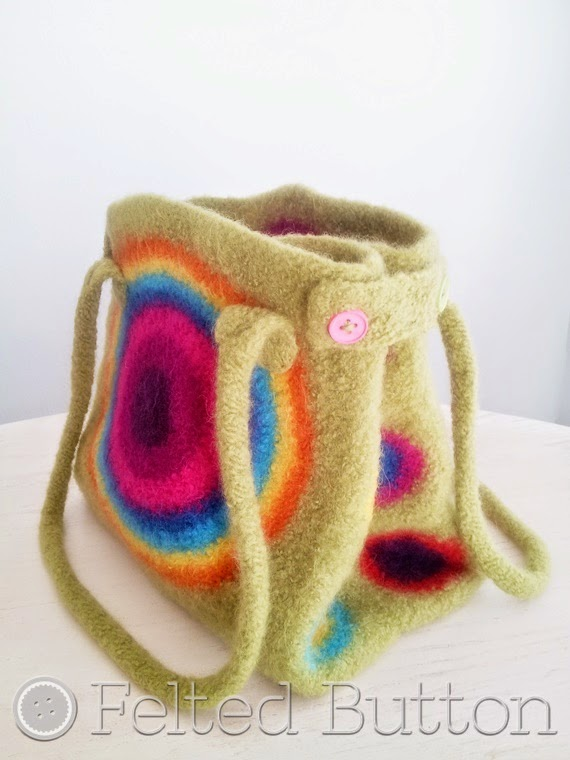 It's Stashing Tote (crochet pattern by Susan Carlson of Felted Button)