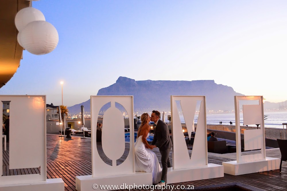 DK Photography CCD_7346 Preview ~ Megan & Wynand's Wedding in Lagoon Beach Hotel  Cape Town Wedding photographer