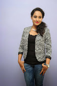 Pooja Ramachandran photo shoot-thumbnail-13