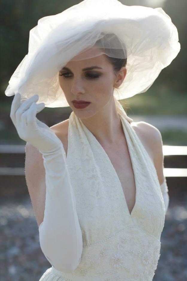 BRIDE CHIC: THE HAT BRIDE