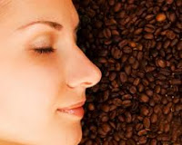 cantik dengan kopi