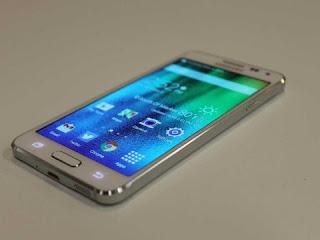 Samsung Galaxy Alfa SM-G850W