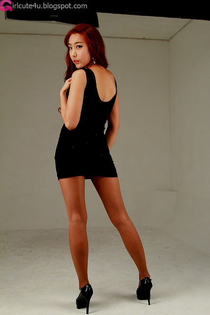 4 Jang Yoo Seul in Black Mini Dress-very cute asian girl-girlcute4u.blogspot.com
