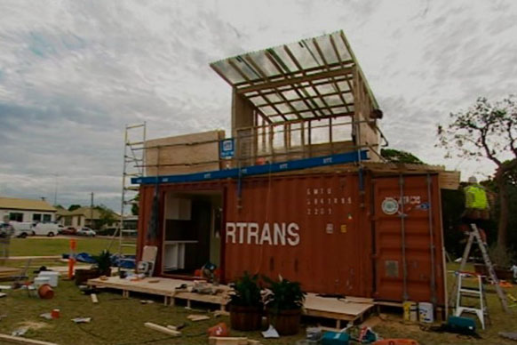 Shipping container homes jamie durie top design sydney for Container home designs australia