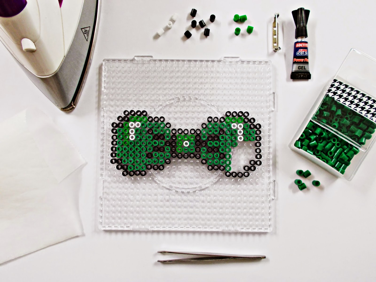 DIY-pajarita-tie bow-hama beads- DoItYourself-idea-moda-broche-2
