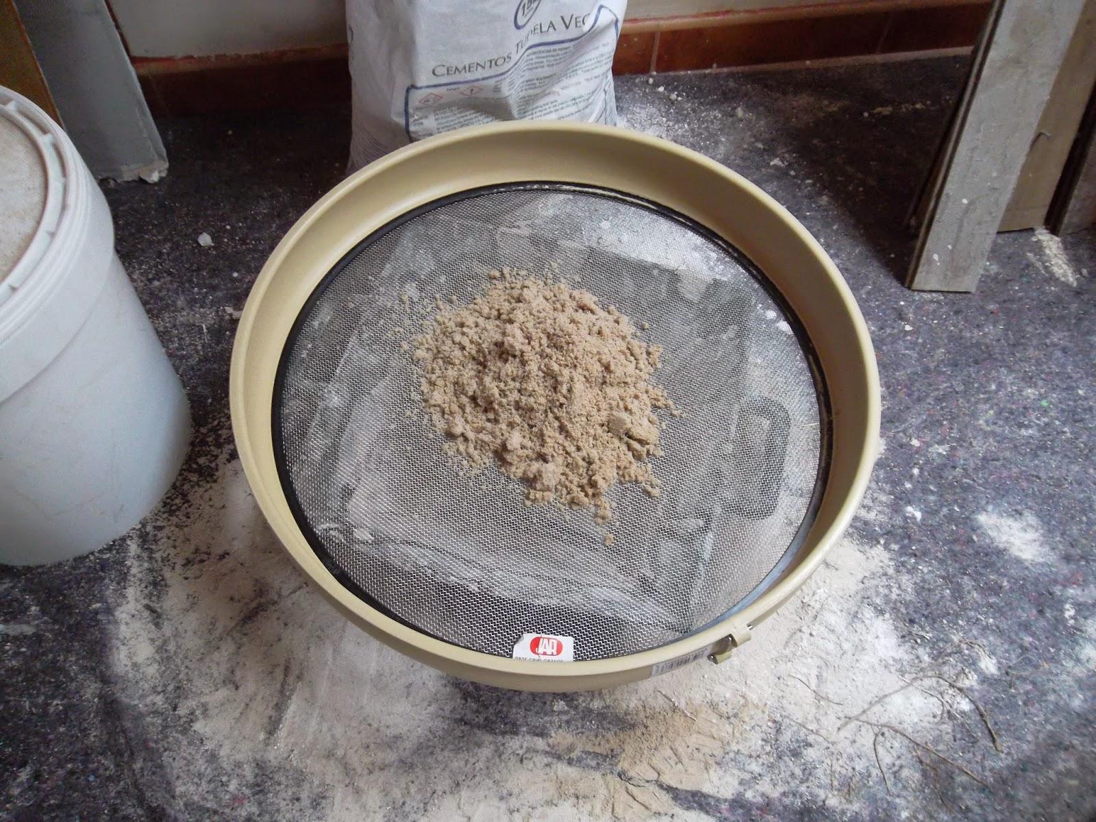 esto es mezclando cal hidrulica natural con arena fina pasada por el cedazo ya que siempre puede llevar aridos de mayor tamao
