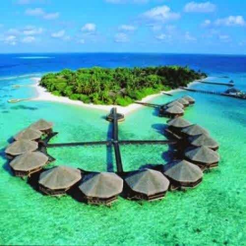 Pantai Terindah Pulau Ora