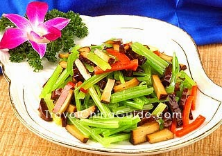 Stir-Fried Celery and Dried Tofu