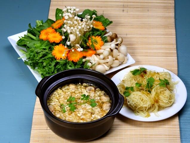 Vegetarian Hotpot (Lau Chay)1