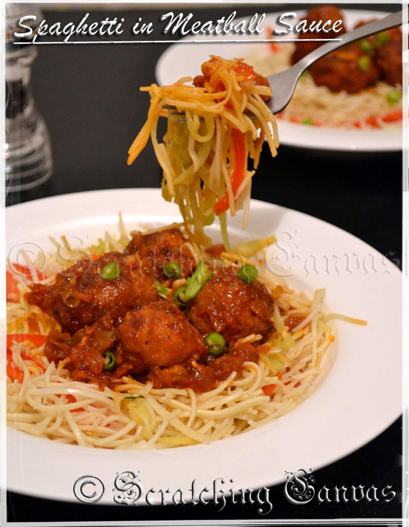 Spaghetti with Italian Meatball in Tomato Sauce