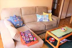 Piso en alquiler en Los Rosales, tres dormitorios, amueblado, garaje. 575€