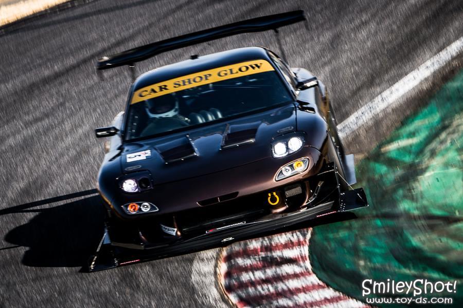 Mazda RX-7 FD, samochody na tory wyścigowe, kultowe sportowe auta, piękny design samochodów, tuning, spojler, fotki