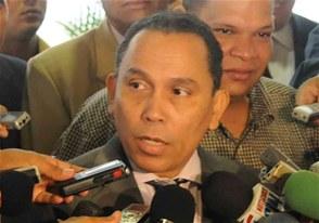 Procurador instruye investigar tiroteo a oficina del senador Amilcar Romero