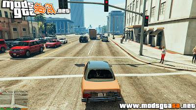 V - Mod mais Tráfego e Pedestres para GTA V PC
