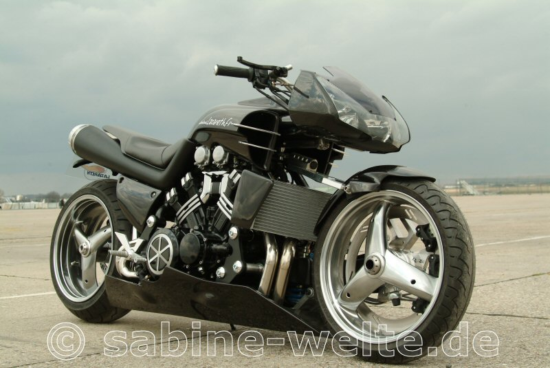 2013 Yamaha VMAX Hyper Modified Ludovic Lazareth Pictures 480x360