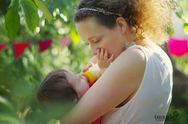 conservation lait maternel stock bébé allaitement tire-lait tirer lait medela maternage biberon