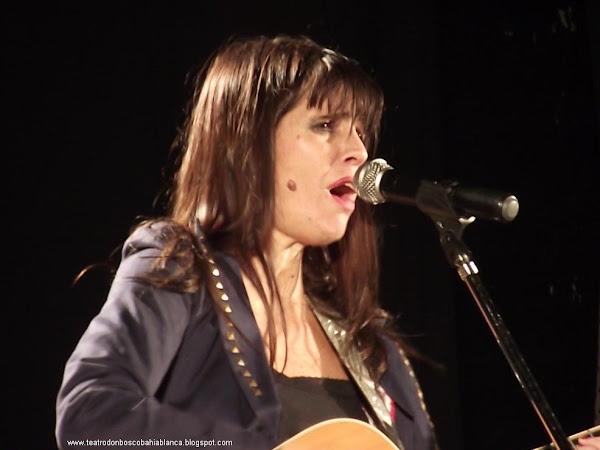 Fabiana Cantilo en el TEATRO DON BOSCO