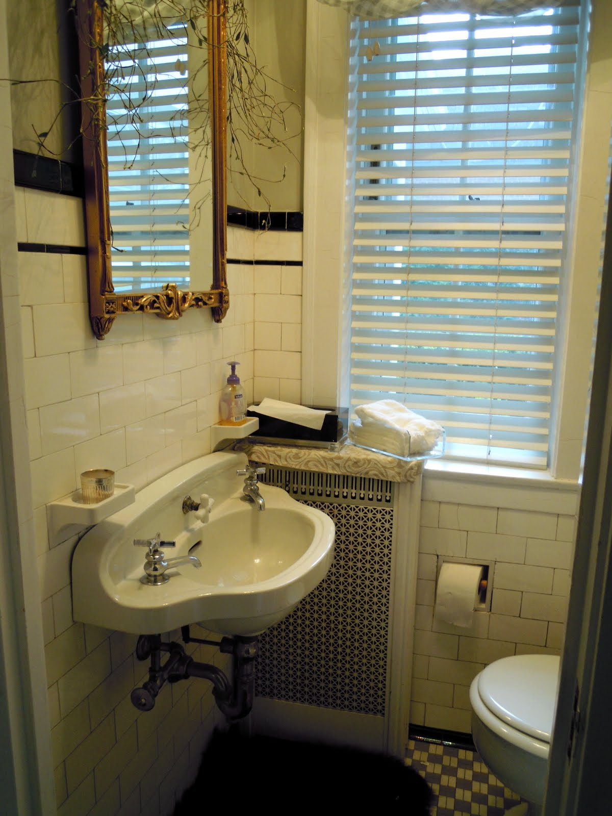 Small powder room makeovers joy studio design gallery Very small powder room ideas