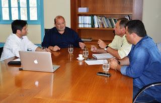Projeto para fortalecimento do turismo em Teresópolis através da Rota Cervejeira é apresentado ao prefeito Márcio Catão