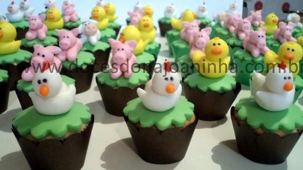 mini cupcakes decorados fazendinha galinha patinho porquinho cavalo legumes frutas