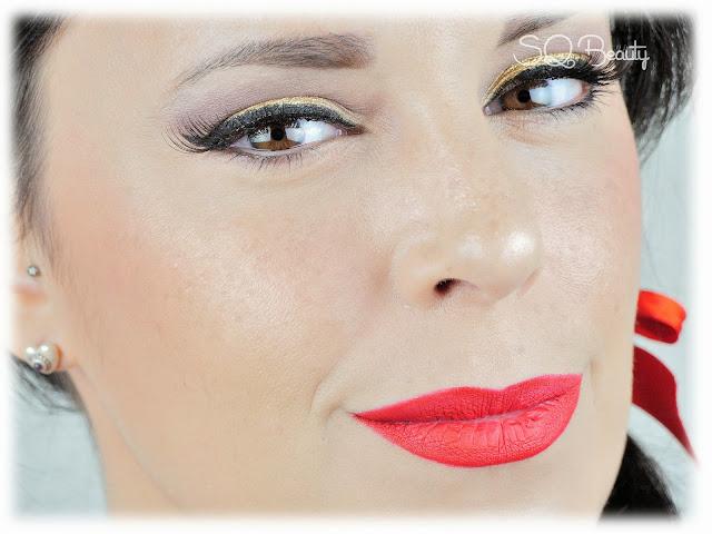 Maquillaje fin de año último minuto clásico labios rojos, classic new year´s eve makeup read and goldMaquillaje fin de año último minuto clásico labios rojos, classic new year´s eve makeup read and gold