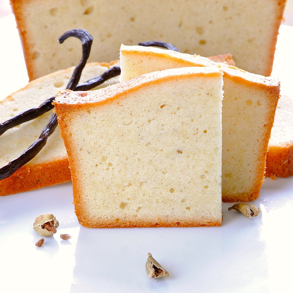 JULES FOOD...: Vanilla Bean Cardamom Buttermilk Pound Cake