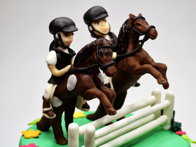 Jockeys Birthday Cake - Bespoke Cakes in London