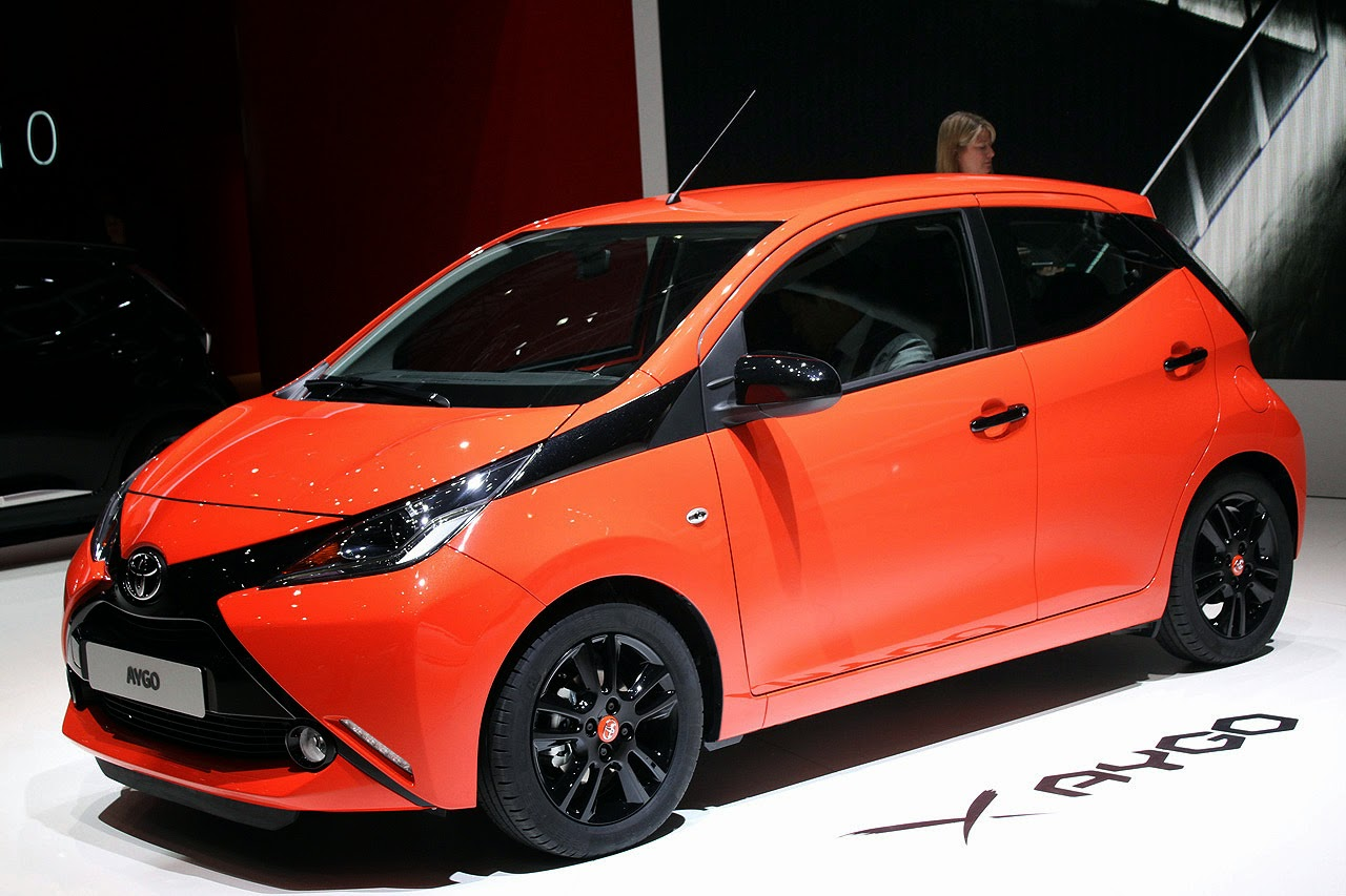 automotiveblogz 2014 toyota aygo geneva 2014 photos. Black Bedroom Furniture Sets. Home Design Ideas