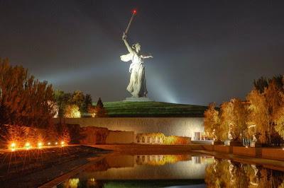 http://www.giganticstatues.com/the-motherland-calls/