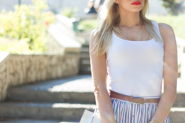 The midi closs skirt
