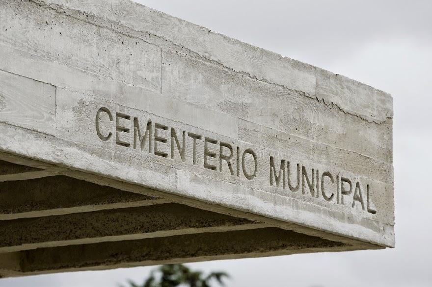 DE HORMIGÓN, PIEDRA Y ACERO