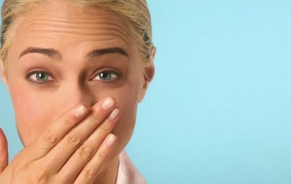 Tips Mengatasi Mimisan pada Hidung