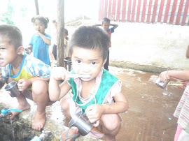 ภาพเด็กๆแปรงฟัน