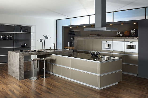 15 fotos de cocinas grises colores en casa. Black Bedroom Furniture Sets. Home Design Ideas