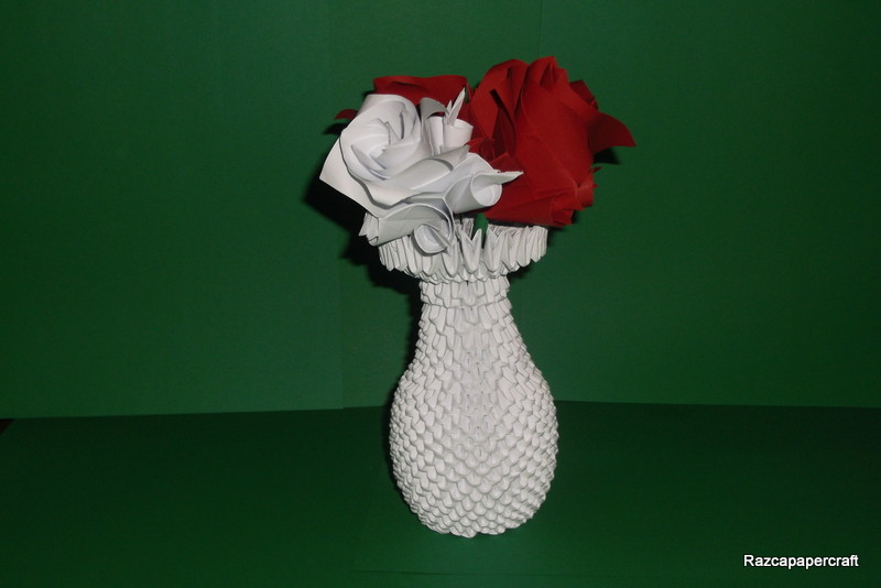 Razcapapercraft 3d Origami Vase With Flowers