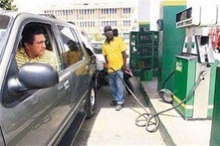 Anadegas cerrará 37 estaciones de combustibles el próximo martes