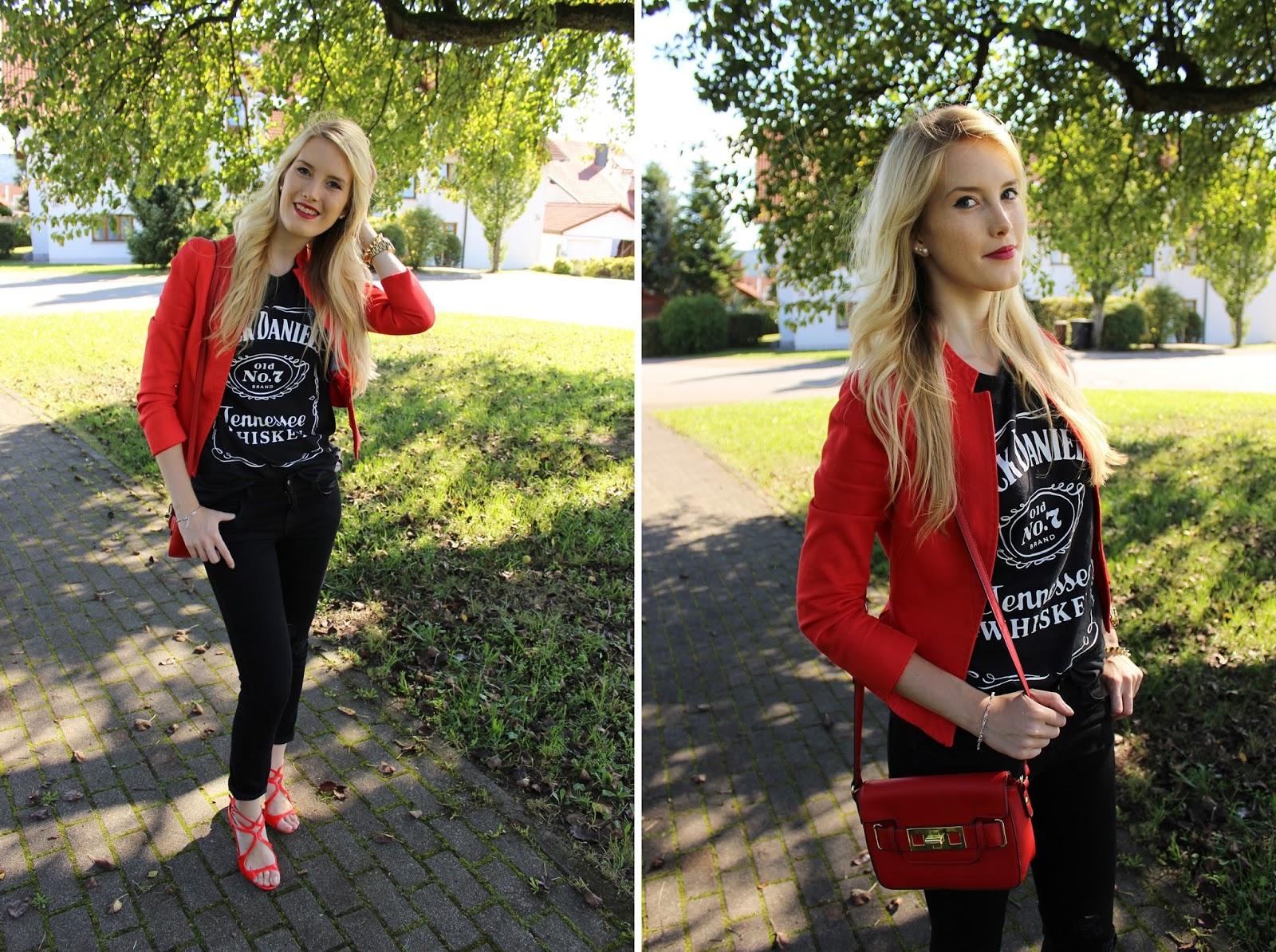 TheBlondeLion Outfit JackDaniels Heels Schuhtempel24 Sandalen Rot