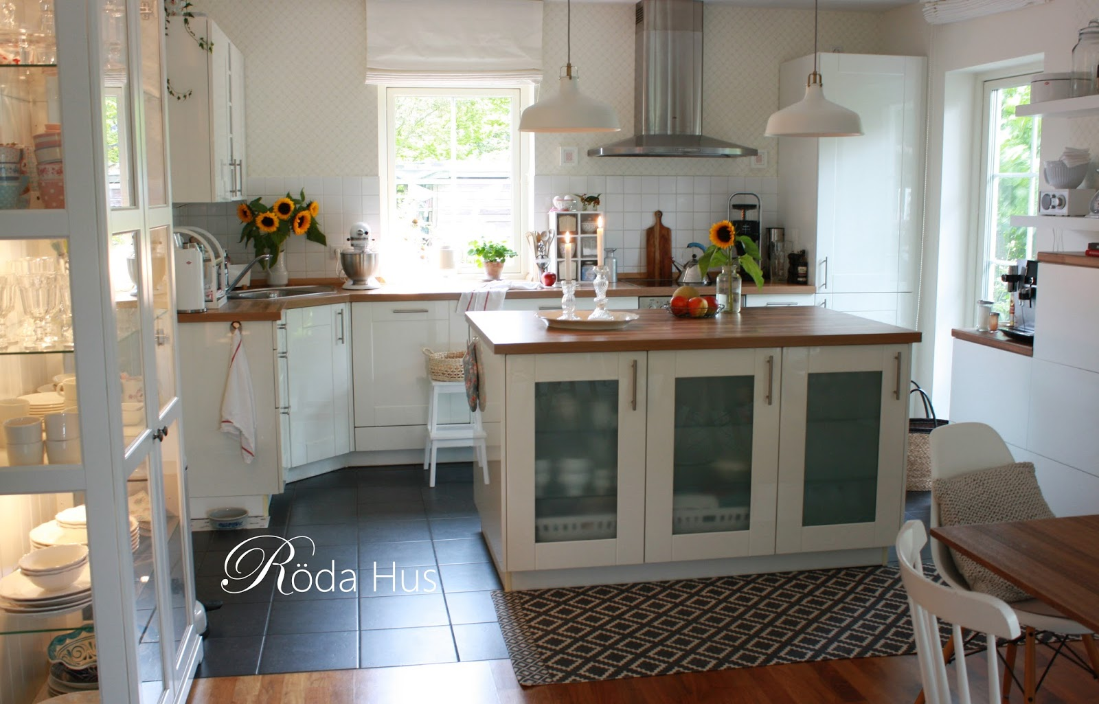 Die Küche, das Herzstück des Hauses – Röda Hus