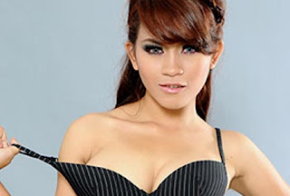 Model Popular Evi Safitri Babes From Net Season 2 Evi Safitri