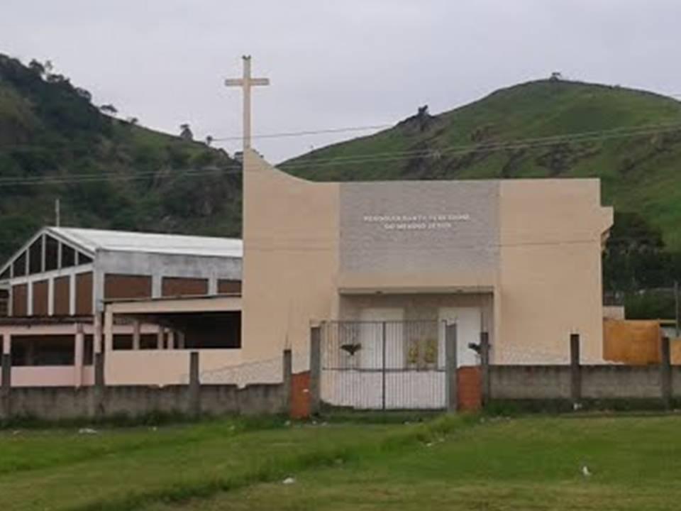 IMAGEM PEREGRINA DE N. SRA. APARECIDA CHEGA A PARÓQUIA SANTA TERESINHA DO MENINO JESUS EM URUCÂNIA