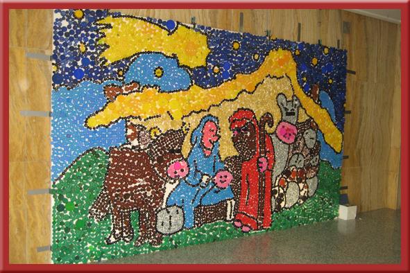 Mi tesoro rett epla entrega tapones solidarios para la - Murales decorativos de navidad ...