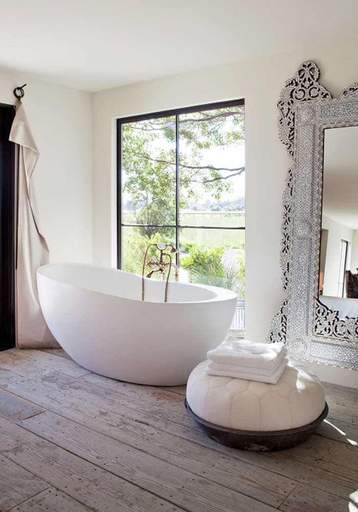 white bathrooms - Pictures Of Amazing Bathrooms
