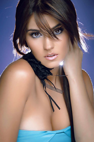 maite perroni who is she dating